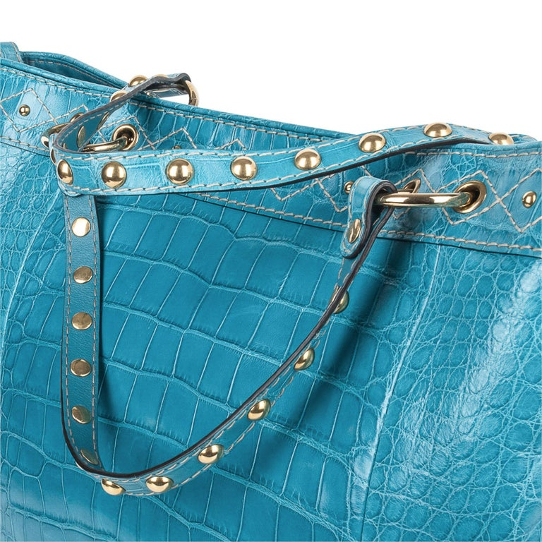 Gucci Exclusive Limited Edition Turquoise Crocodile Irina Tote Bag New For Sale 3