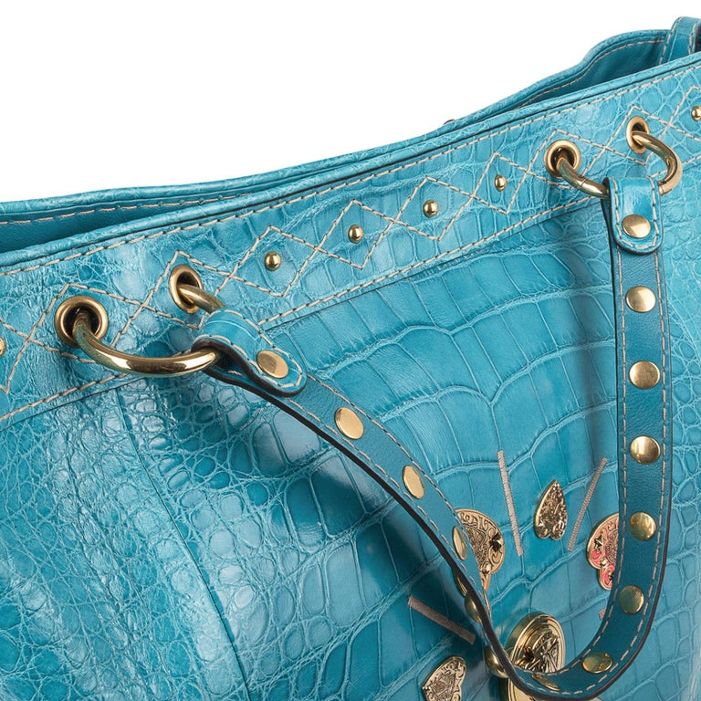 Gucci Exclusive Limited Edition Turquoise Crocodile Irina Tote Bag New For Sale 4