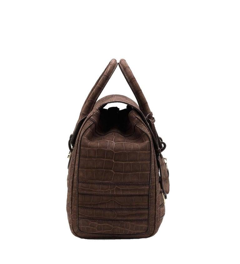 Women's or Men's Gucci Exotic Matte Brown Crocodile XL Top Handle Bag Tote Weekender For Sale