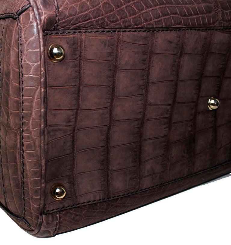 Gucci Exotic Matte Brown Crocodile XL Top Handle Bag Tote Weekender For Sale 2