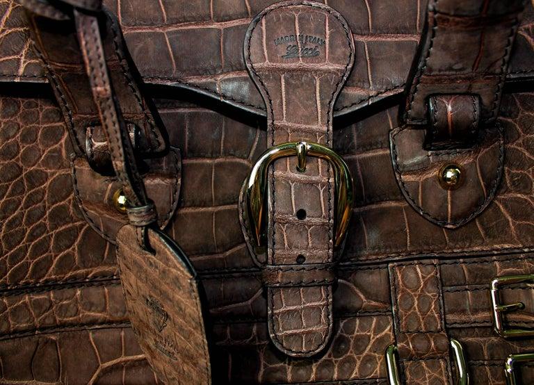 Gucci Exotic Matte Brown Crocodile XL Top Handle Bag Tote Weekender For Sale 5