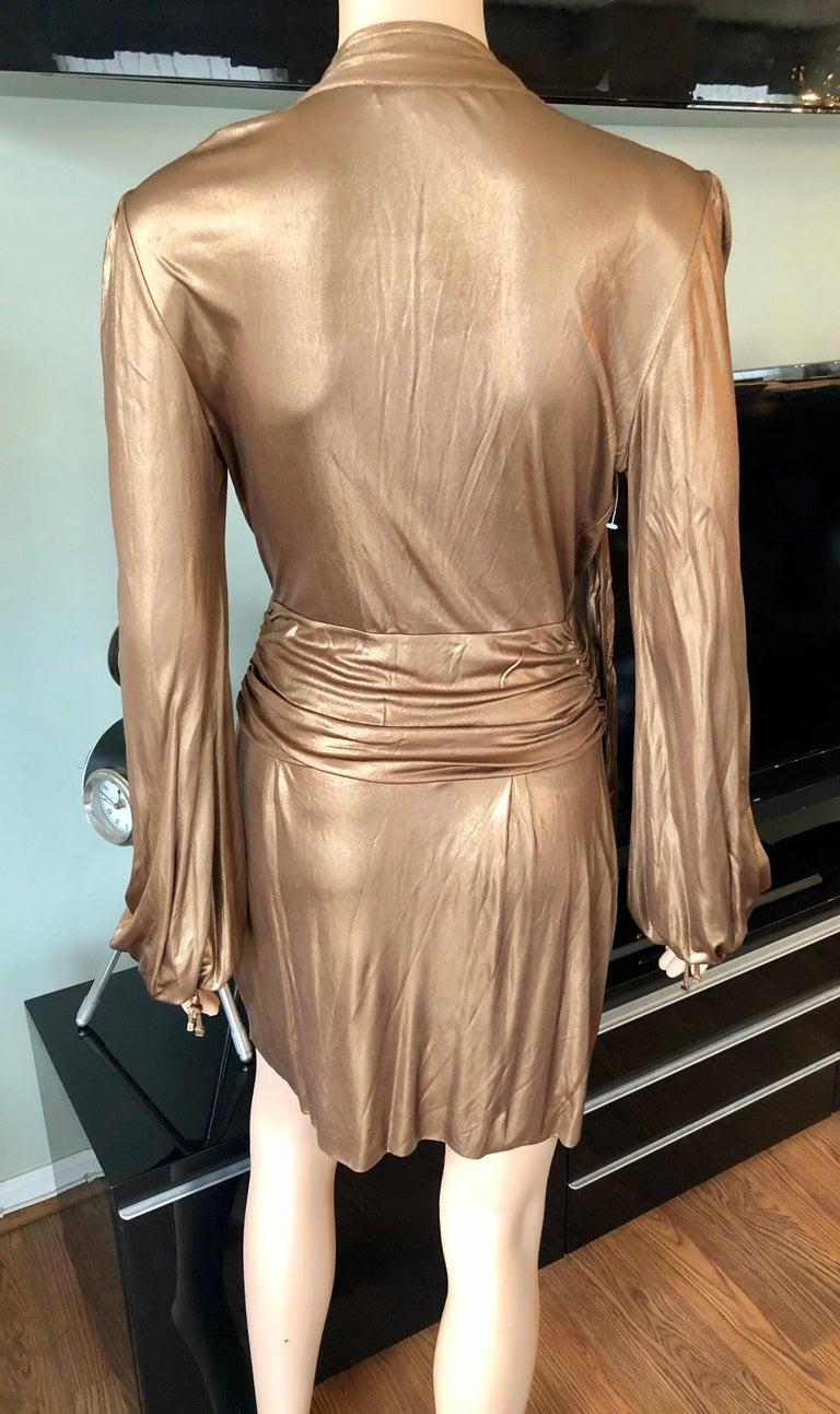 Gucci F/W 2006 Runway Plunging Neckline Gold Metallic Mini Dress In Good Condition For Sale In Totowa, NJ