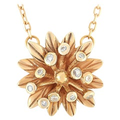 Gucci Flora 18 Karat Rose Gold Diamond Pendant Necklace
