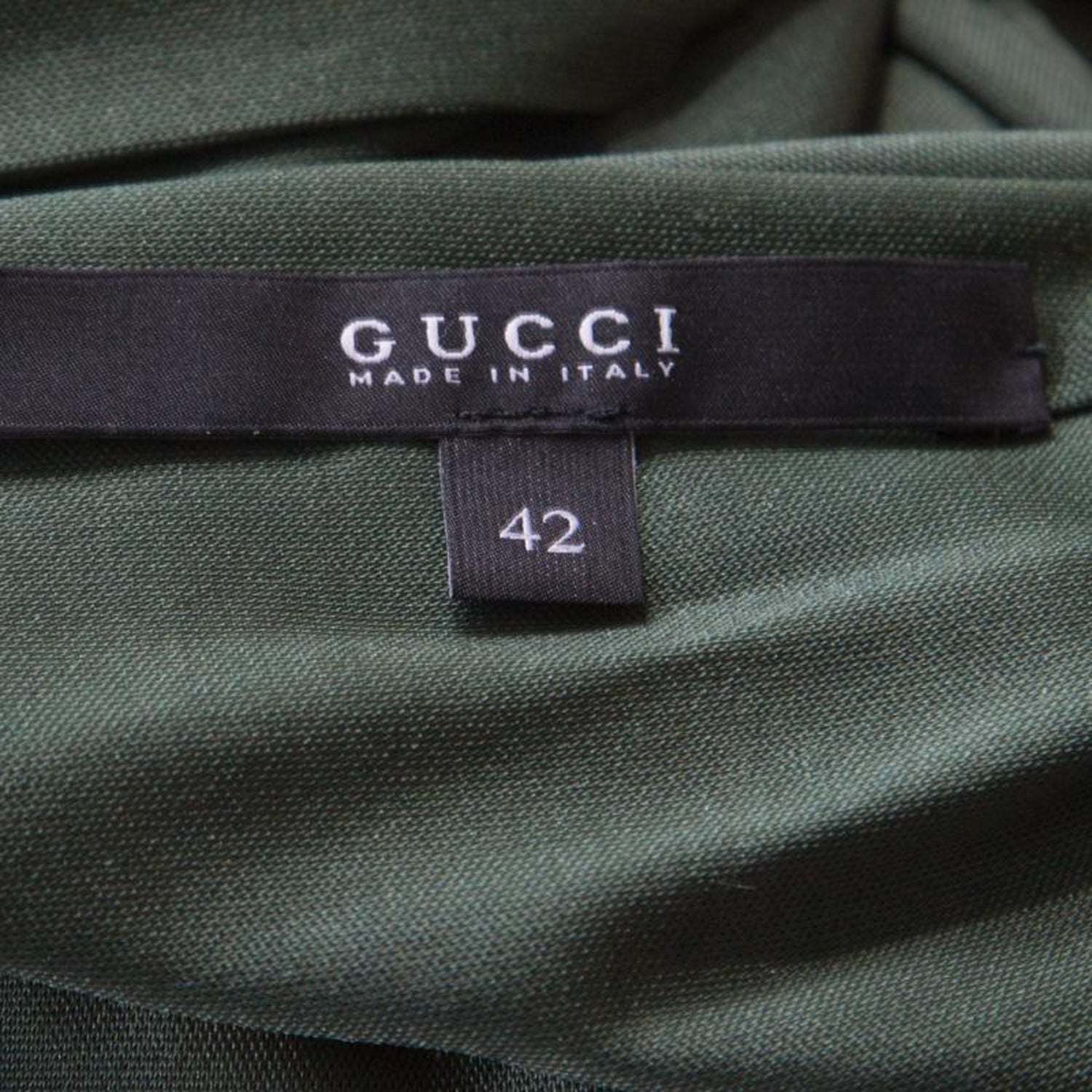 26ea70f0c Gucci Forest Green Plunge Neck Belted Wrap Dress M For Sale at 1stdibs