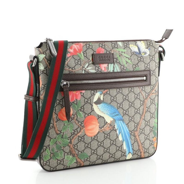 Gucci Front Zip Messenger Tian Print GG Coated Canvas Medium In Good Condition For Sale In New York, NY