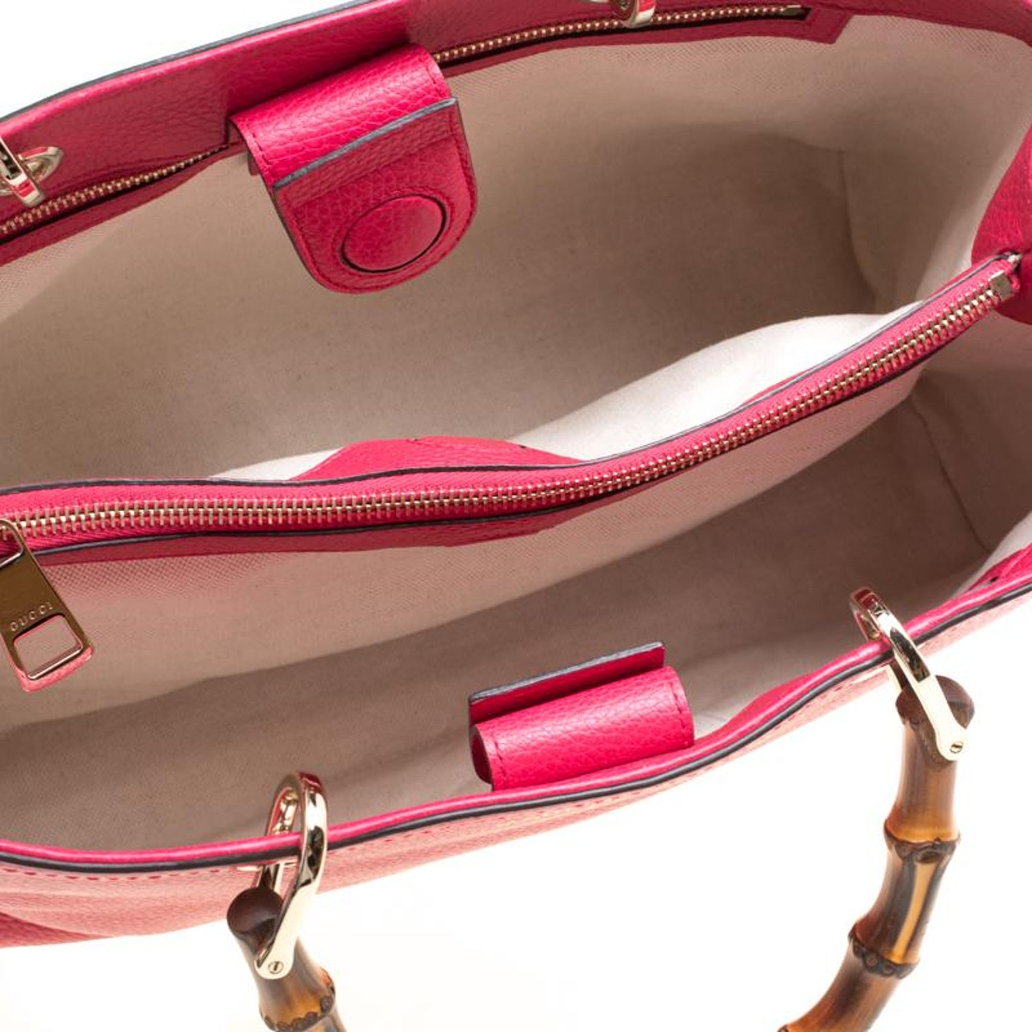 028808a51d Gucci Fuchsia/Orange Leather Medium Exclusive Bamboo Shopper Top Handle Bag  For Sale at 1stdibs