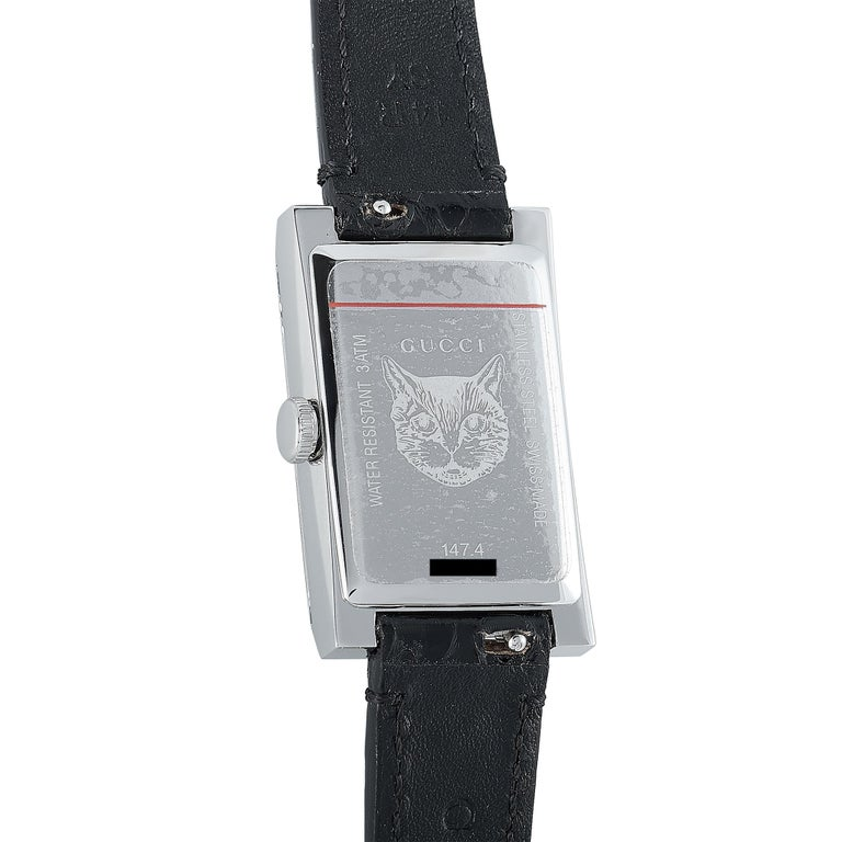 Gucci G-Frame Green-Red Mother of Pearl Dial Watch YA147403 In New Condition In Southampton, PA