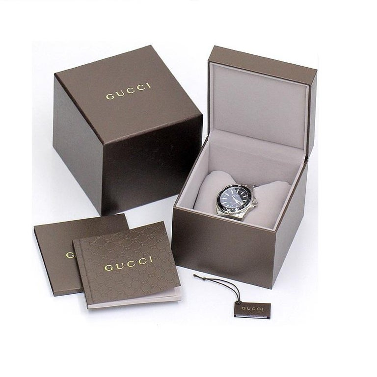 Women's or Men's Gucci G-Timeless Gold-Tone Stainless Steel Watch YA126461A For Sale