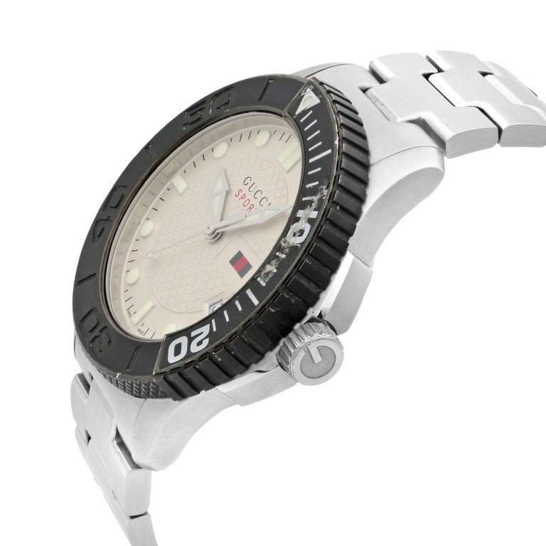 Modern Gucci G-Timeless Silver Checkered Dial Steel Plastic Men's Quartz Watch YA126250 For Sale
