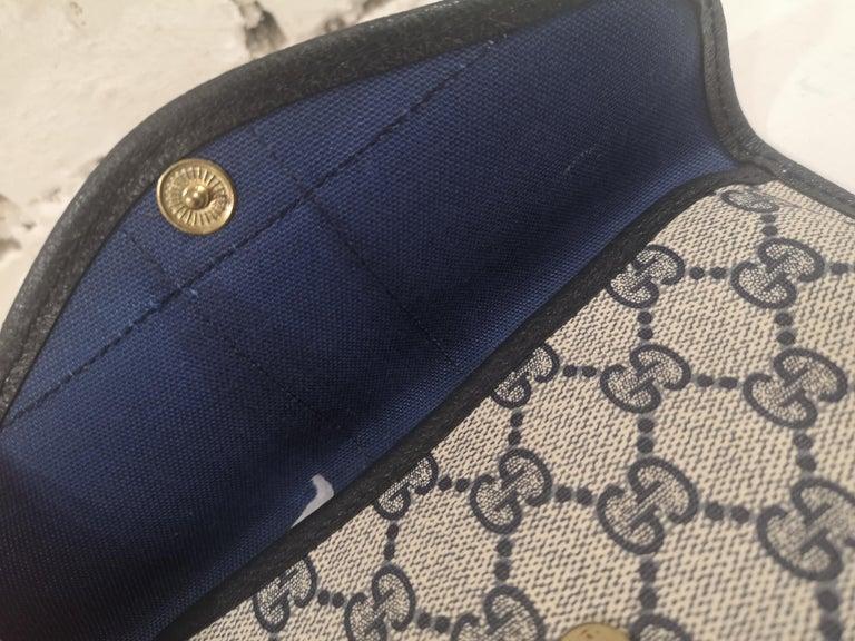 Gucci GG blu passport case In Good Condition For Sale In Capri, IT