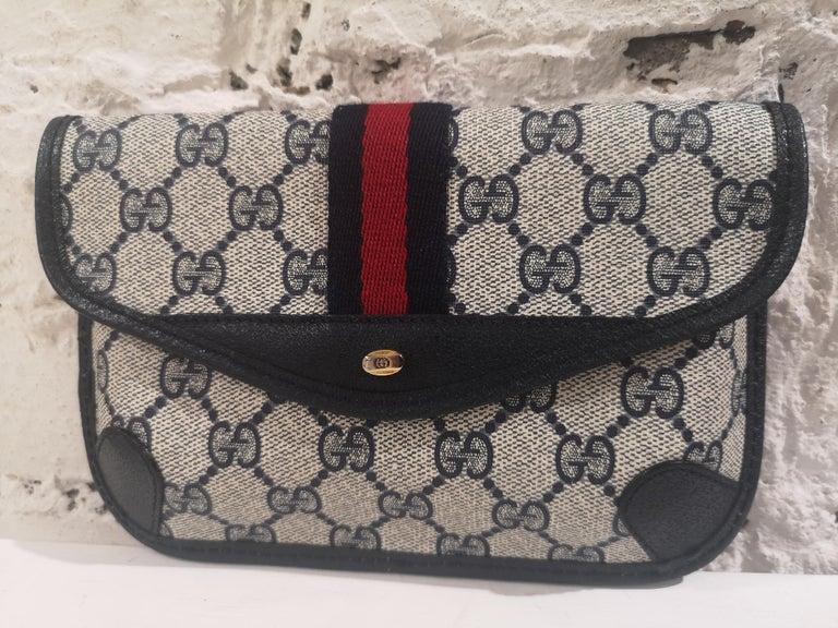 Gucci GG blu passport case For Sale 1