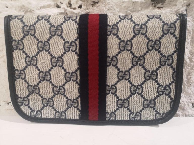 Gucci GG blu passport case For Sale 2