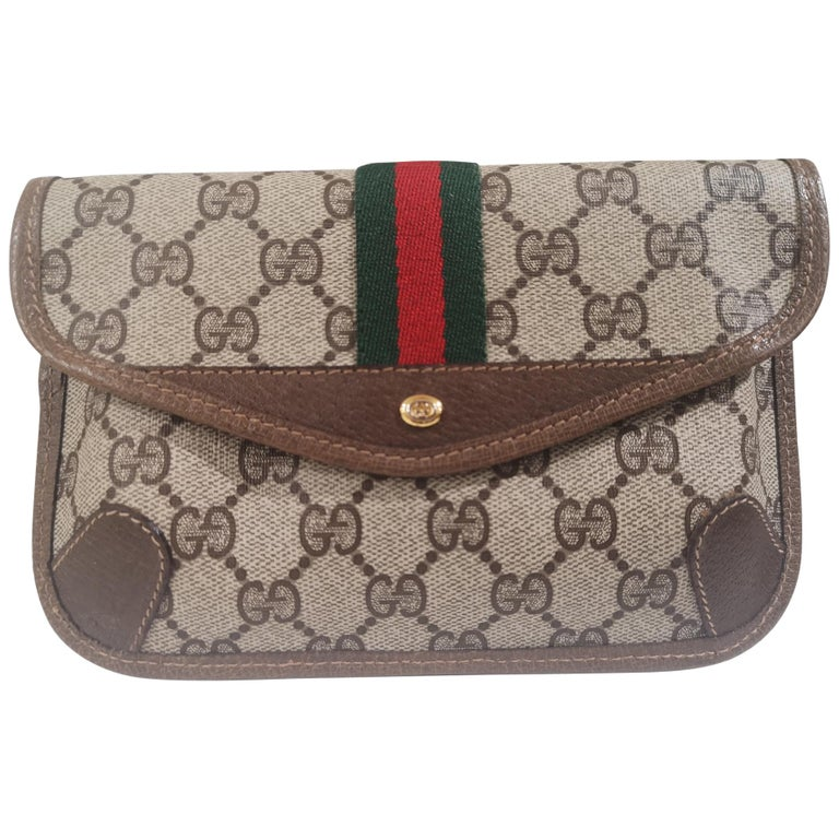 Gucci GG Brown passport case For Sale