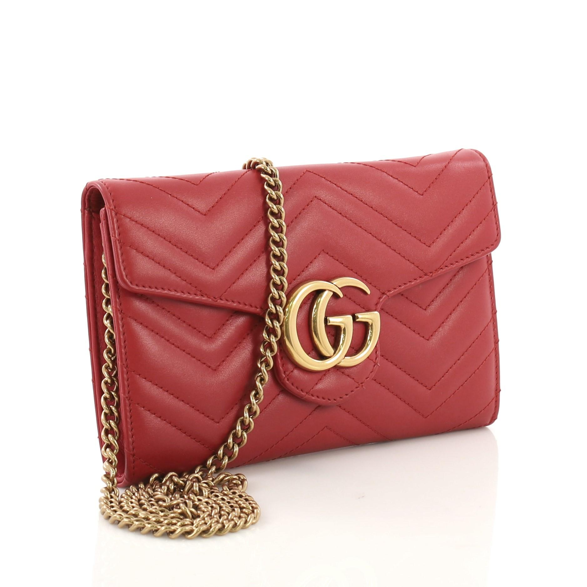 9af1cbfbb85d Gucci GG Marmont Chain Wallet Matelasse Leather Mini at 1stdibs