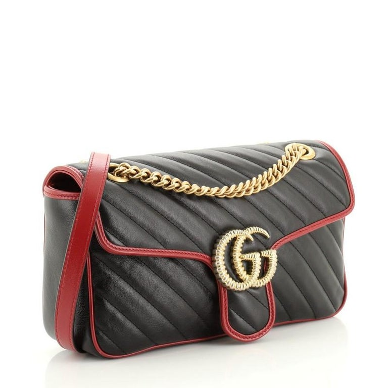 Gucci GG Marmont Flap Bag Diagonal Quilted Leather Small In Good Condition For Sale In New York, NY