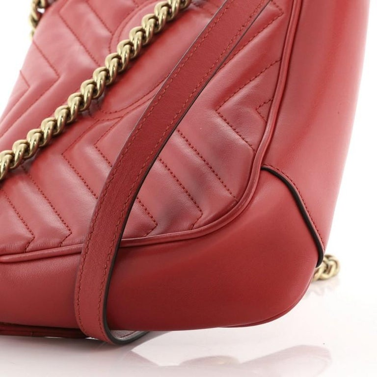 Gucci GG Marmont Flap Bag Matelasse Leather Small For Sale 2