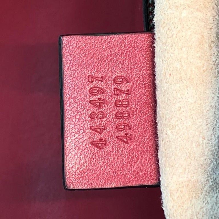 Gucci GG Marmont Flap Bag Matelasse Leather Small For Sale 4