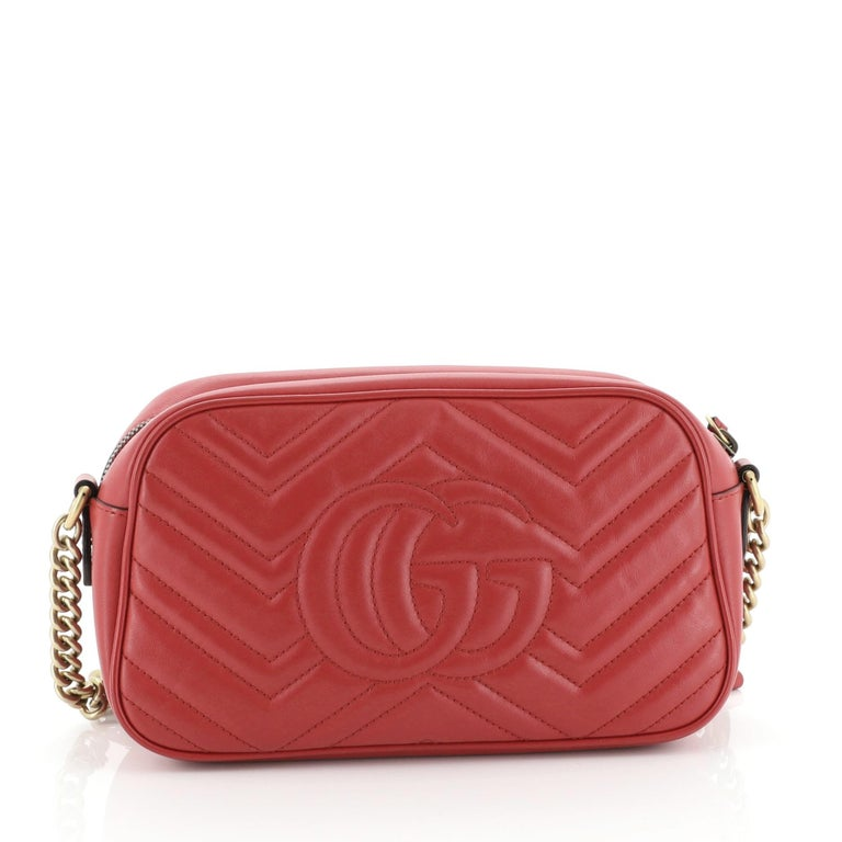 Gucci GG Marmont Shoulder Bag In Good Condition For Sale In New York, NY