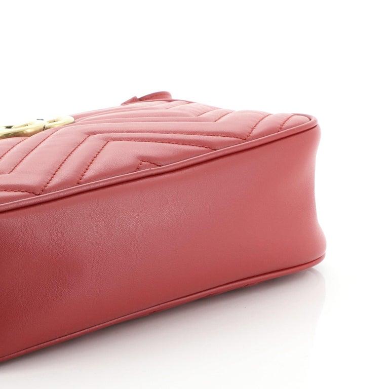 Gucci GG Marmont Shoulder Bag For Sale 2