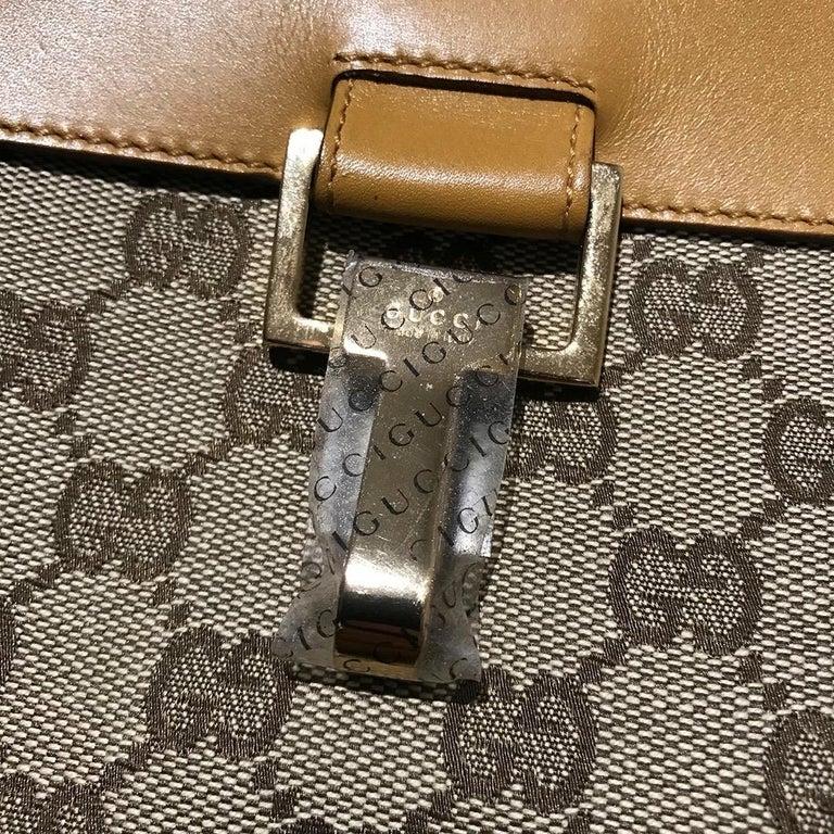 Gucci GG Monogram Canvas Messenger Bag (Tom Ford) For Sale 1