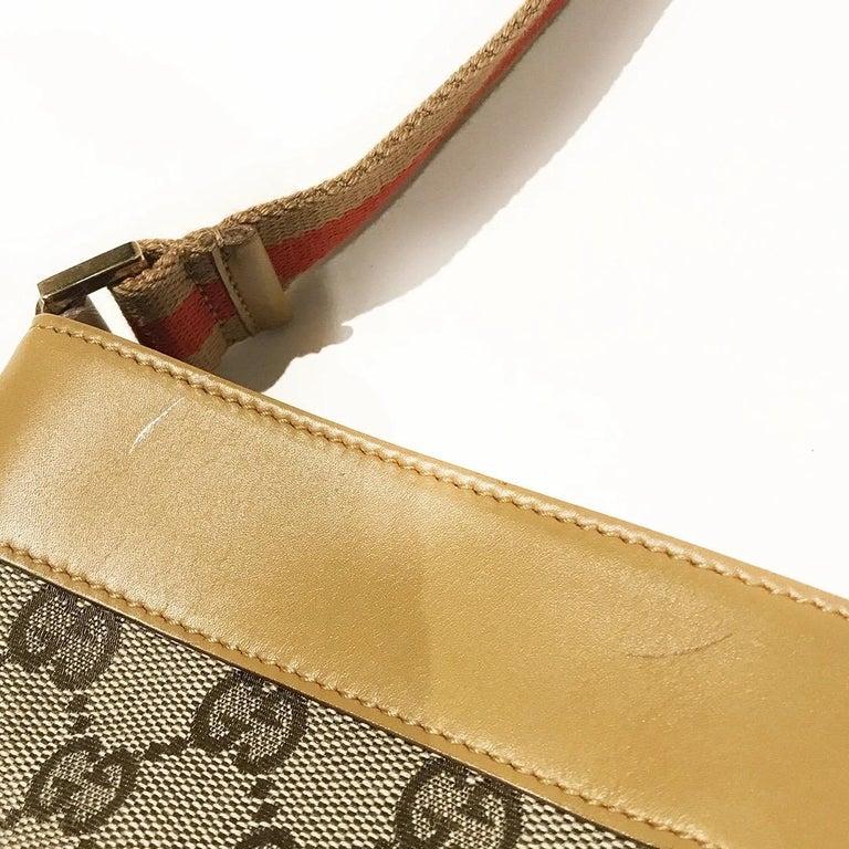 Gucci GG Monogram Canvas Messenger Bag (Tom Ford) For Sale 2
