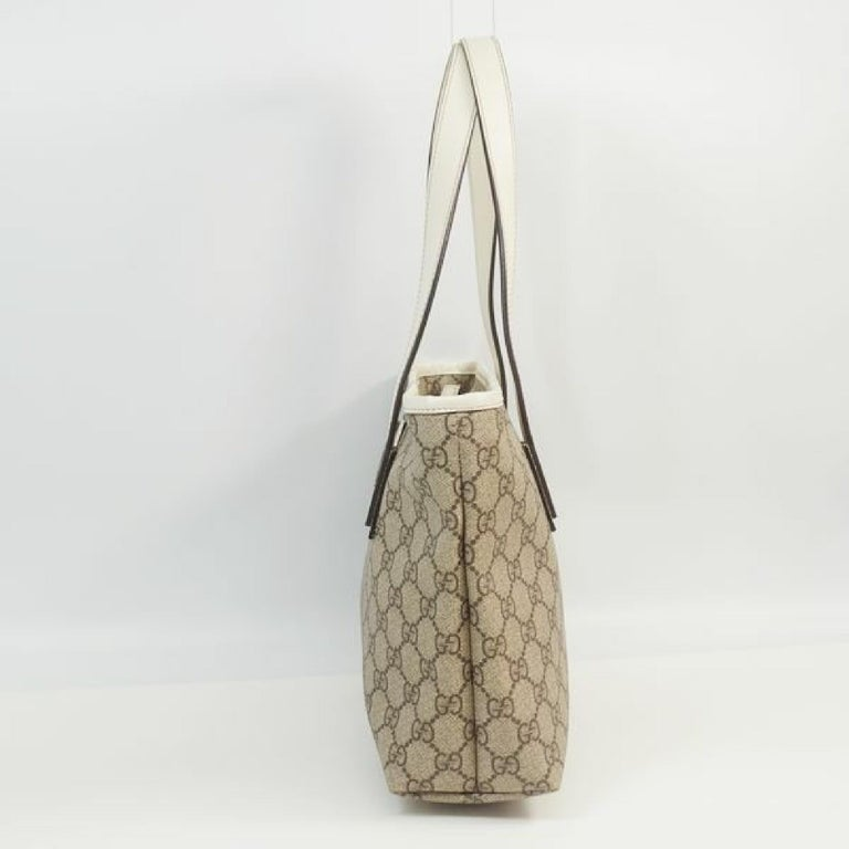 An authentic GUCCI GG plus shoulder Womens tote bag 211138 The outside material is coating canvas/ leather. The pattern is GG plus  shoulder. This item is Contemporary. The year of manufacture would be 1986. Rank A beautiful goods Used items with
