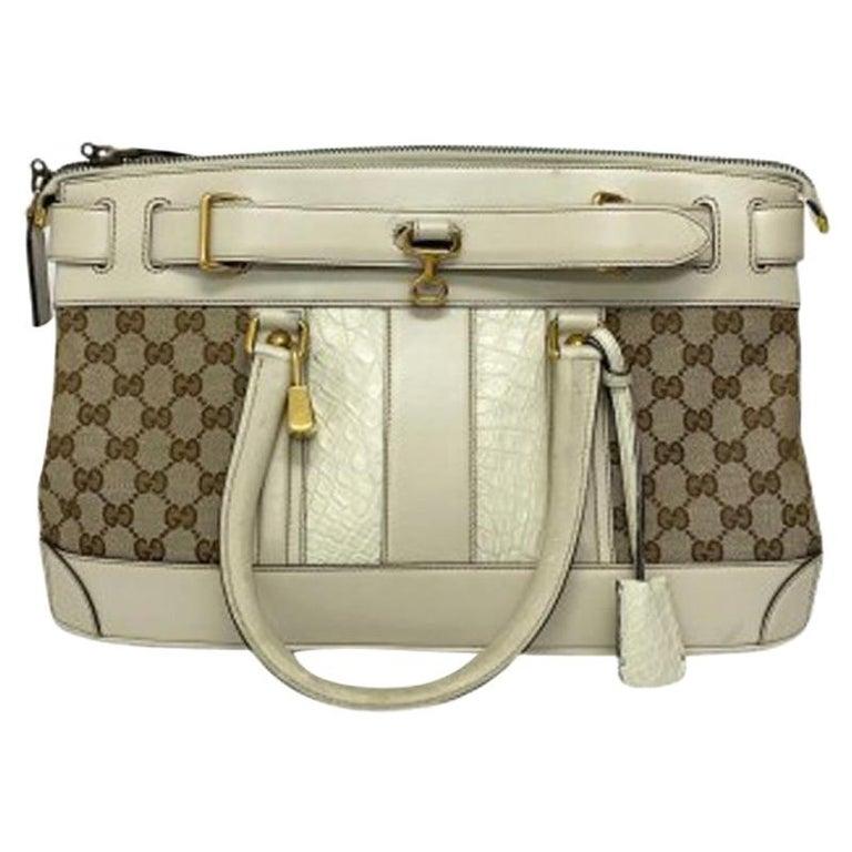 Gucci GG Supreme bag in Supreme Fabric and White Leather Trim For Sale