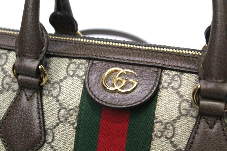 Gucci GG Supreme Canvas Ophidia Bag In New Condition In Torre Del Greco, IT