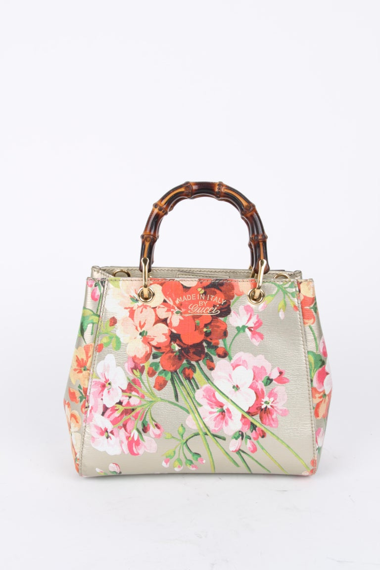 Women's or Men's Gucci Gold Floral Bamboo Crossbody Handbag For Sale