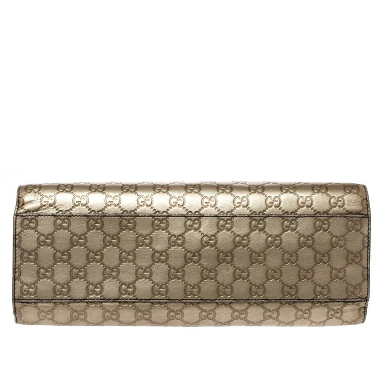 Women's Gucci Gold Guccissima Leather Large Emily Chain Shoulder Bag For Sale