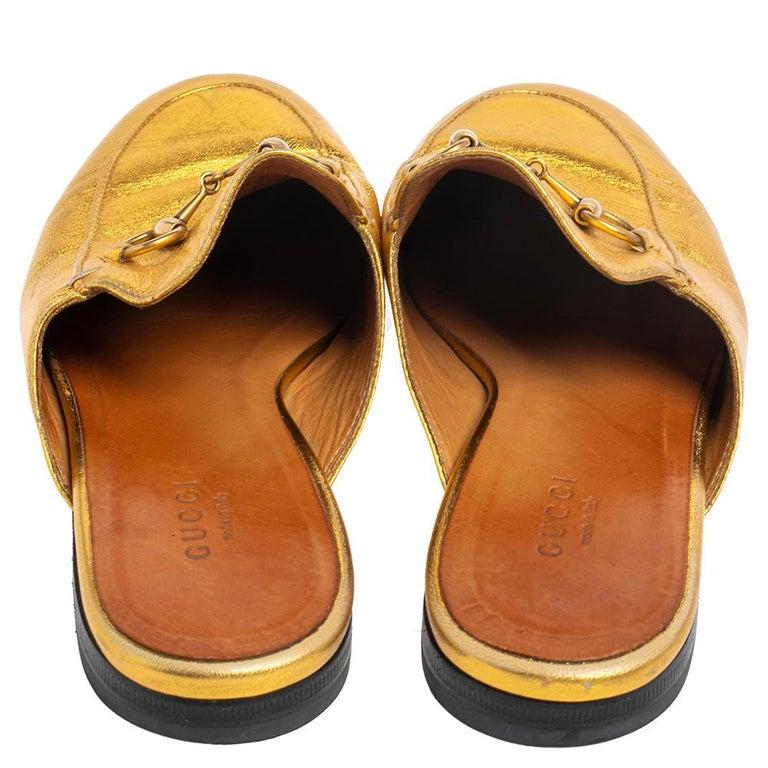 Gucci Gold Leather Princetown Mule Flats Size 37.5 In Good Condition For Sale In Dubai, Al Qouz 2
