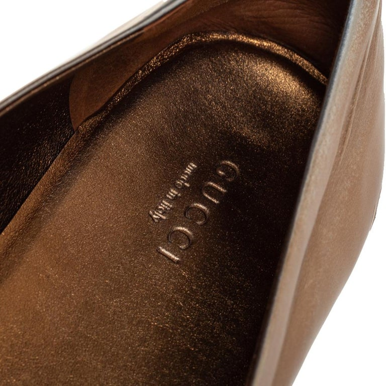 Women's Gucci Gold Leather Slip on Bow Ballet Flats Size 39 For Sale