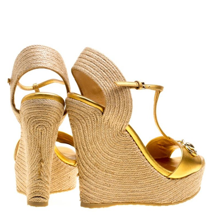 a576a905953 Gucci Gold Metallic Leather Horsebit T-Strap Espadrille Wedge Sandals Size  36.5 In Good Condition