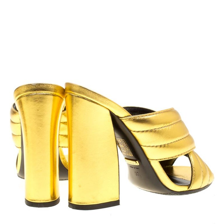 60b9091e5 Gucci Gold Metallic Leather Sylvia Crossover Mules Size 37 In Good  Condition For Sale In Dubai