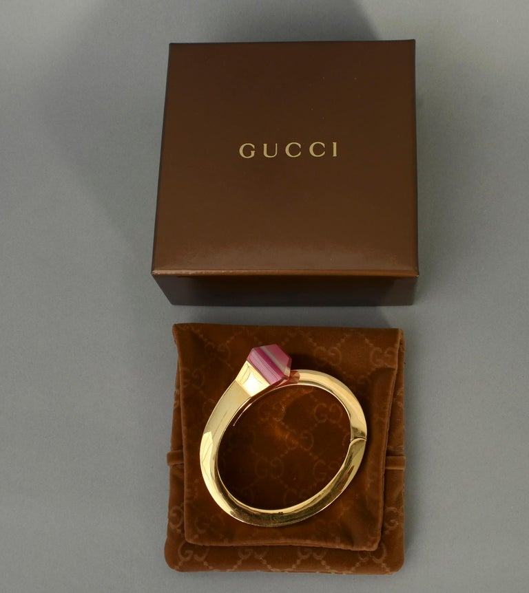 Modern Gucci Gold Nail Bracelet with Pink Agate For Sale