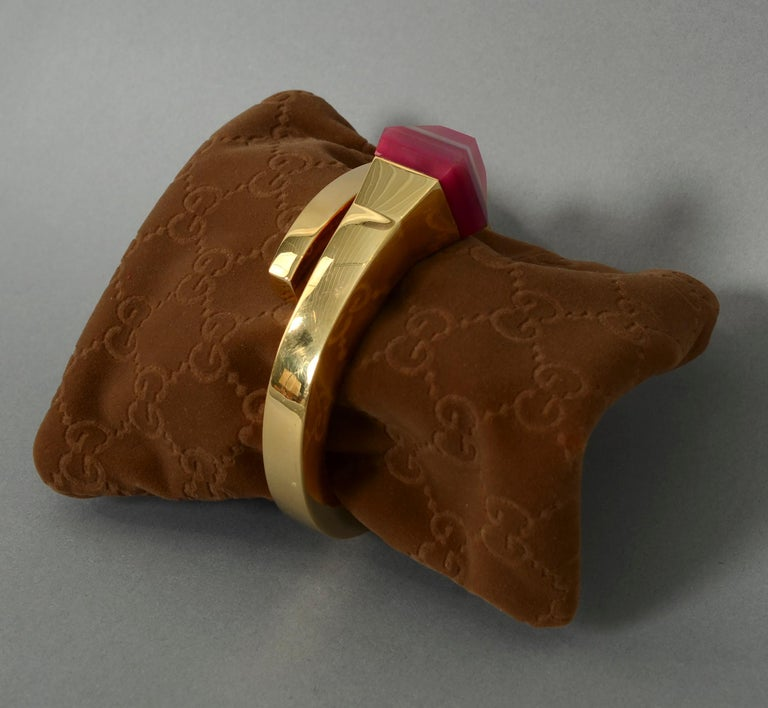 Gucci Gold Nail Bracelet with Pink Agate In Excellent Condition For Sale In Darnestown, MD