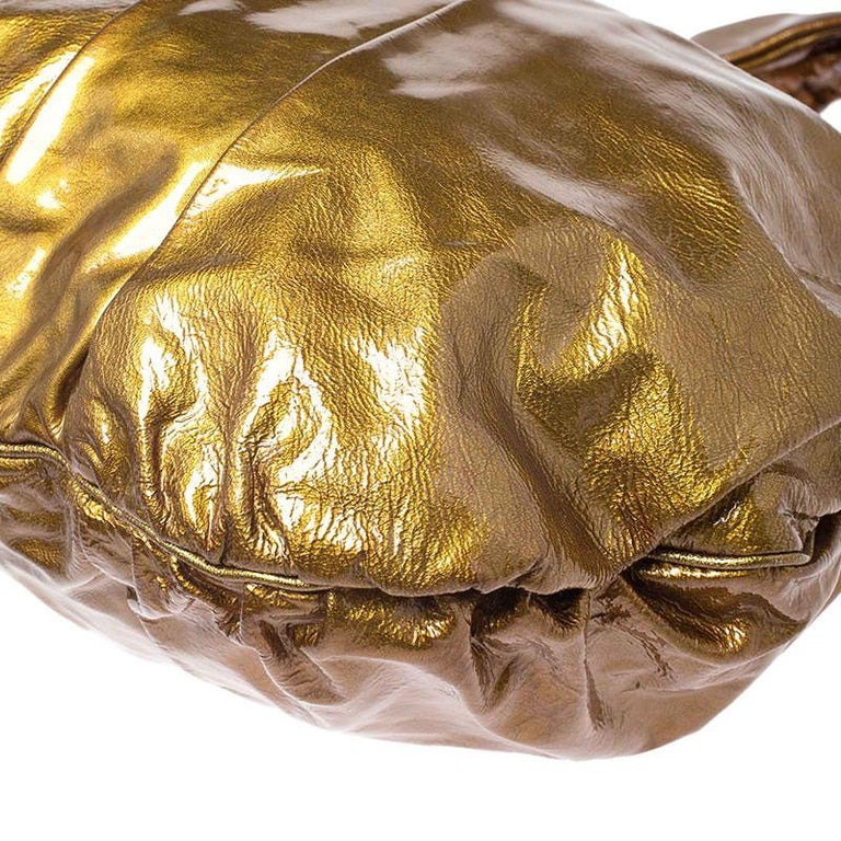 Gucci Gold Patent Leather Large Hysteria Hobo For Sale 5