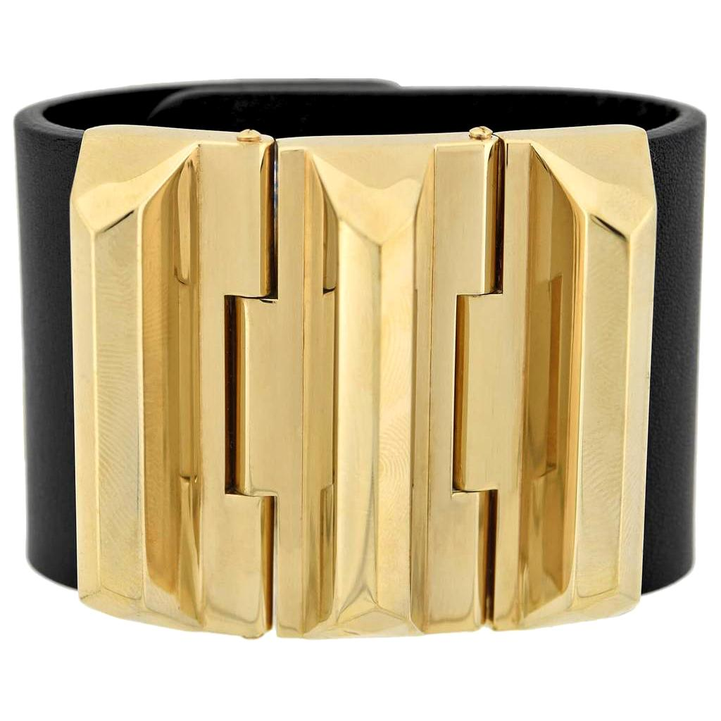 Gucci Gold Tone Pyramid Link Wide Leather Band Bracelet