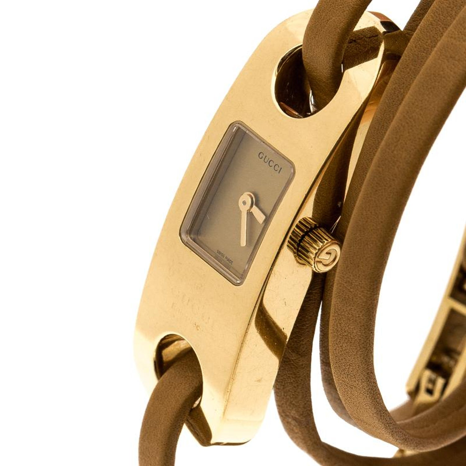 f2a17416878 Gucci Gold Tone Stainless Steel Leather Wrap 6100L Women s Wristwatch 14 mm  For Sale at 1stdibs
