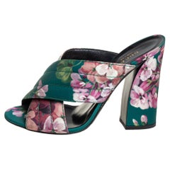 Gucci Green Floral Satin Crossover Mules Sandals Size 39