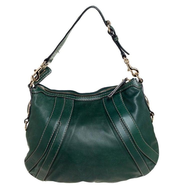 Gucci Green Leather Medium Crest Boule Hobo In Good Condition For Sale In Dubai, Al Qouz 2
