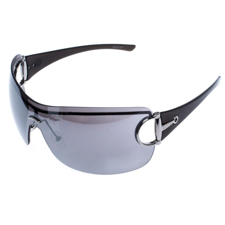 Gucci Grey GG 2711/S Horsebit Shield Sunglasses In Good Condition For Sale In Dubai, Al Qouz 2