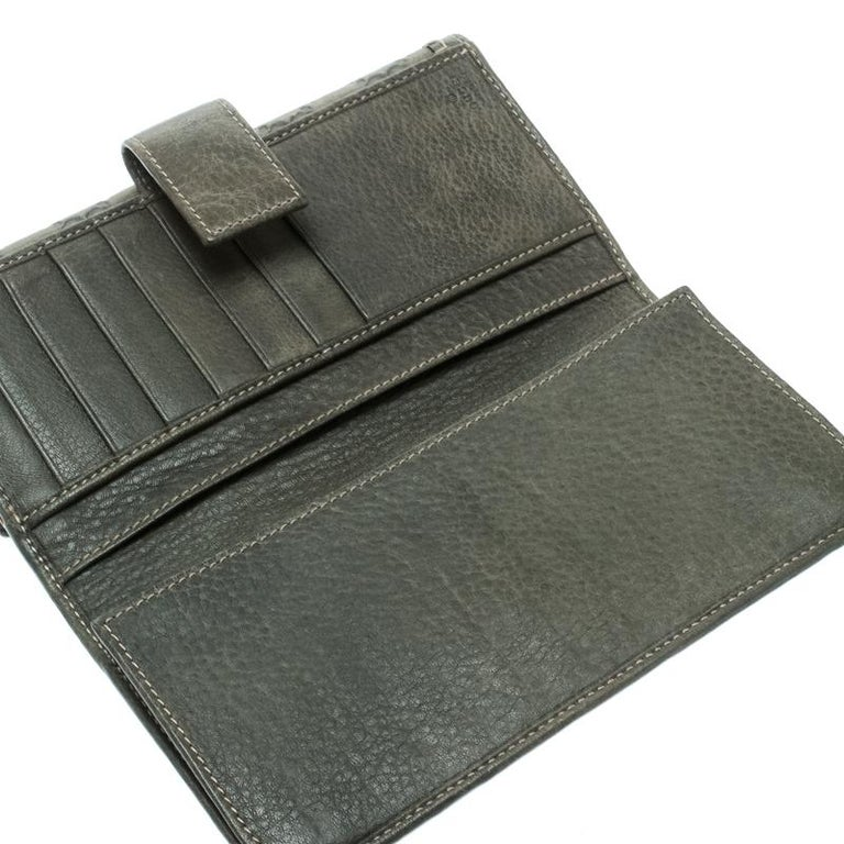 2a86da244595 Gucci Grey Guccissima Leather Continental Wallet For Sale at 1stdibs