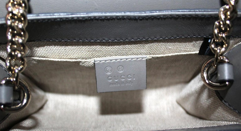 Gucci Grey Leather Emily Bag For Sale 2