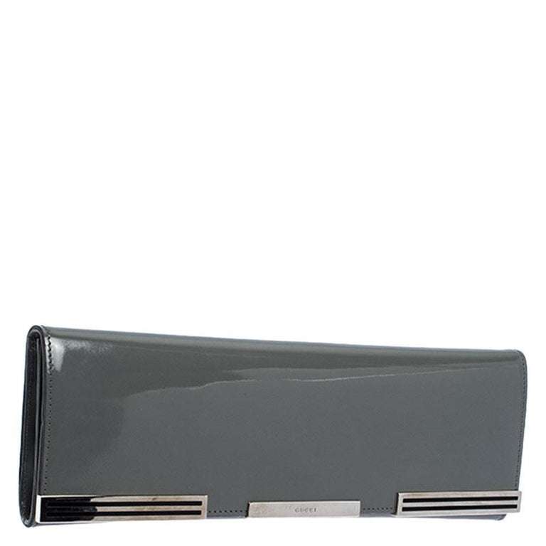 Women's Gucci Grey Patent Leather Sigrid Flap Clutch For Sale