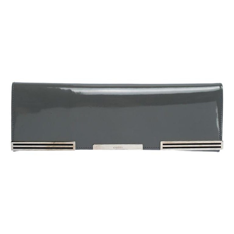 Gucci Grey Patent Leather Sigrid Flap Clutch For Sale