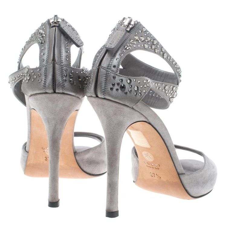 Gucci Grey Suede and Satin Crystal Embellished Ankle Strap Sandals Size 37.5 In Good Condition For Sale In Dubai, Al Qouz 2