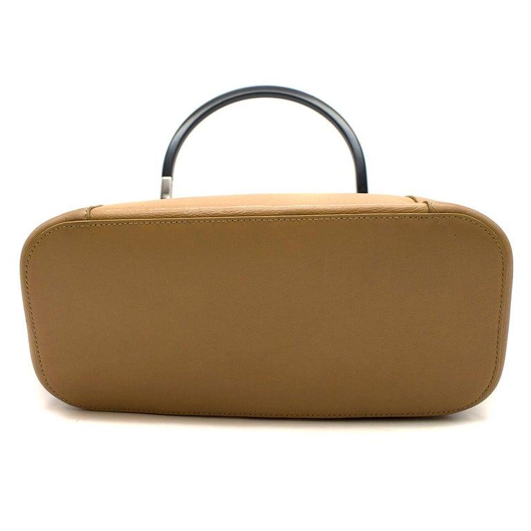Women's Gucci hoop-handle leather bucket bag For Sale