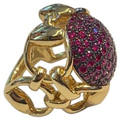 Gucci Horsebit Equestrian 18k Gold Cocktail Ring with Pink Sapphires