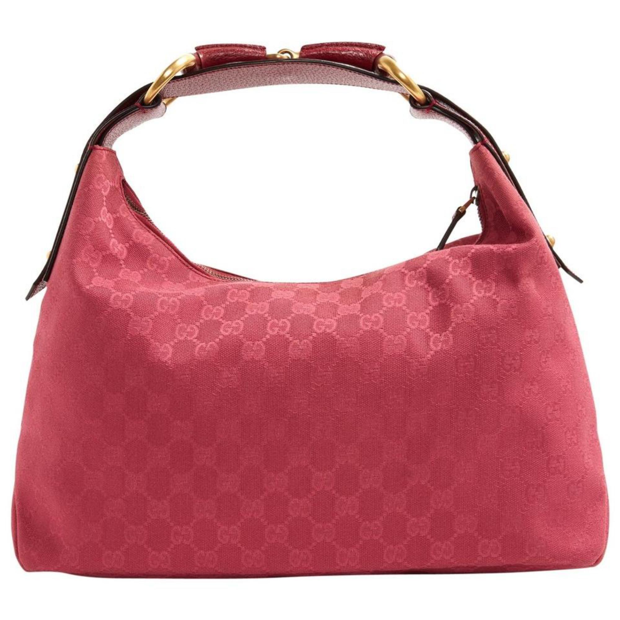 293417209f7e29 Vintage Gucci Shoulder Bags - 944 For Sale at 1stdibs